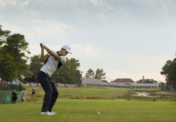 Martin Kaymer hits his tee shot on the 18th hole during the final round of the 2014 U.S. Open at Pinehurst Resort & C.C. in Village of Pinehurst, N.C. on Sunday, June 15, 2014. (Copyright USGA/Michael Cohen)