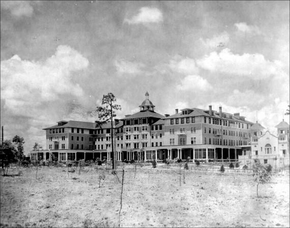 Vintage Carolina Hotel NEW