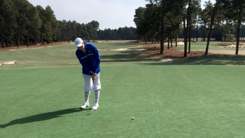 Connor Haviland honored golf great Payne Stewart by playing Pinehurst No. 2 in knickers.