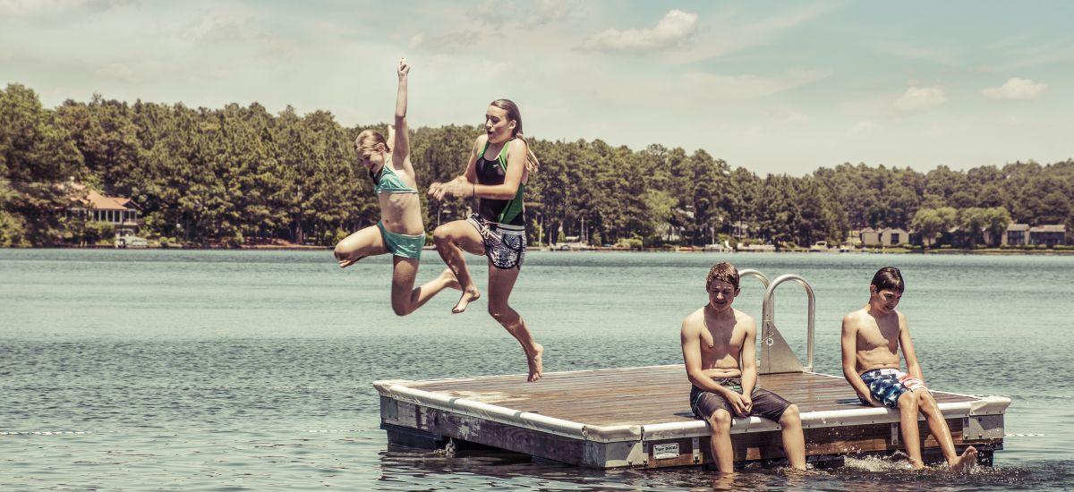 Lake_kids_mast