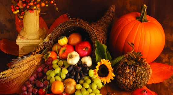 Thanksgiving Cornucopia bountiful harvest 910x500